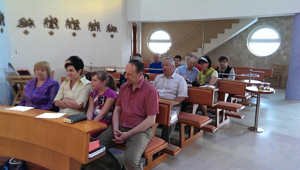 2013-05-11 18.43.10.jpg - Spoločná sv. omša 11.5.2013 - Kežmarské skupiny