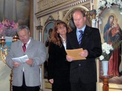 tekst przed przyjęciem Karty (ja czytam po polsku a Gerard po słowacku).jpg - Prijatie Charty 1.10.2011