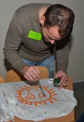 DSC_0581.JPG - Vzájomné manželské obdarovanie sa vlastnoručne namaľovaným tričkom