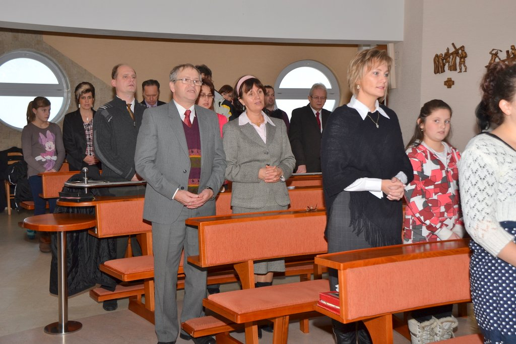 DSC_0652.JPG - Prijatie Charty 8.12.2013