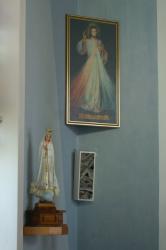 Obraz Božieho milosrdenstva a Kráľovna Ruženca.JPG -
